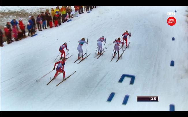 <p>SKØYTET? Therese Johaugs tvilsomme skøytetak fra starten i tirsdagens sprintfinale førte til at hun ble kalt inn på teppet av juryen.</p>