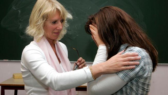 <p>GRIPER INN FOR SENT: Mange lærere og rektorer griper for sent inn mot mobbing, mener Bente Thorsen (Frp) i Stortingets utdanningskomite. ILLUSTRASJONSFOTO</p>