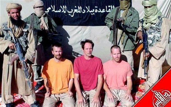 <p>FØRSTE BILDE: Dette var det første bildet som ble sluppet etter at svensken og andre europeere ble kidnappet av terroristene. I løpet av det siste året skal Johan Gustafsson ha blitt overført til en annen terrorgruppe.<br/></p>