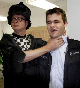 <p>SJAKK-ENTUSIAST: Rainn Wilson har spilt sjakk hele livet og drømmer om revansj over Magnus Carlsen.</p>
