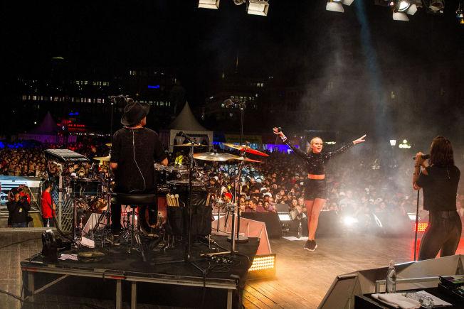 <p>UNGDOMSFESTIVAL: Festivalen We are Sthlm trekker hundretusener av mennesker gjennom dagene den arrangeres. I etterkant av fjorårets festival har politiet fått kraftig kritikk for å ha tiet om flere anmeldelser av trakassering.</p>