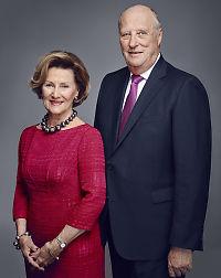 Se de nye bildene av kongefamilien