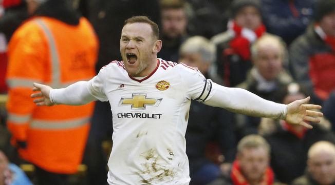 FØDT PÅ NY: Wayne Rooney har funnet tilbake til noe av det som gjorde ham til en av verdens beste spisser. Her feirer han matchvinnermålet mot Liverpool.