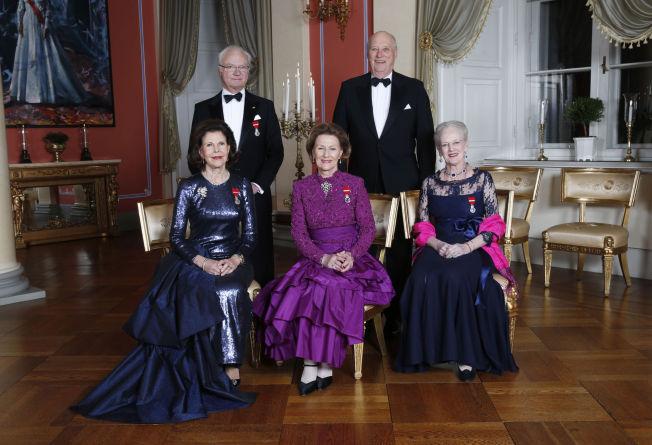 <p>OFFISELLE BILDER: Kong Carl Gustaf, dronning Silvia, dronning Sonja, kong Harald og dronning Margrethe.</p>