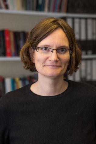 <p>FORSKET PÅ TYSKLAND: Forsker Andrea den Boer ved universitetet i Kent, har forsøkt å beregne hvilke kjønnsubalanse immigrasjonen gir Tyskland. Hun konkluderer med at overvekten mannlige, enslige asylsøkere skaper store utfordringer for integreringsarbeidet.</p>