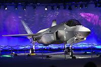 Forsvarssjefen advarer mot kutt i antall kampfly