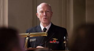 ADVARER: Forsvarssjef admiral Haakon Bruun-Hanssen holdt sin årlige statusoppdatering mandag.