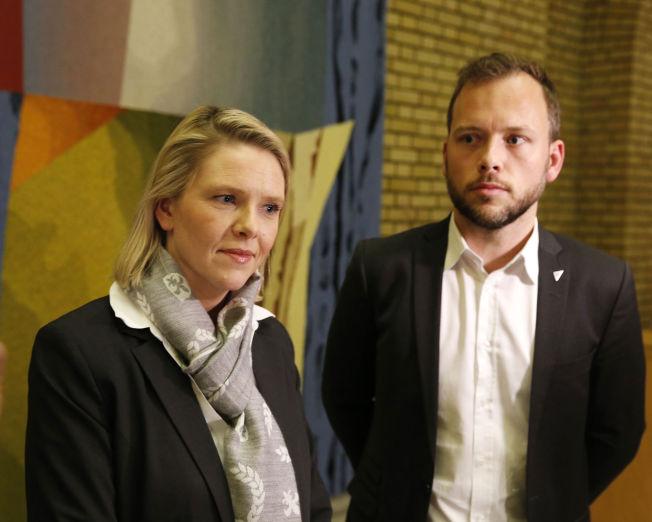 <p>IKKE BESTEVENNER: Statsråd Sylvi Listhaug (Frp) og stortingsrepresentant Audun Lysbakken (SV) i Vandrehallen.</p>