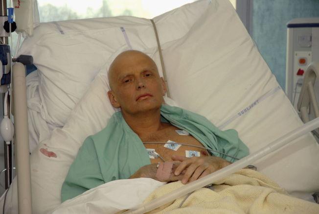 <p>FORGIFTET: Aleksandr Litvinenko på et bilde fra University College Hospital, 20. november 2006 i London. Litvinenko døde tre dager senere, og det radioaktive stoffet polonium-210 ble funnet i kroppen hans.</p>