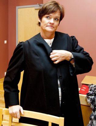 <p>FORSVARER: Advokat Mette Yvonne Larsen.</p>