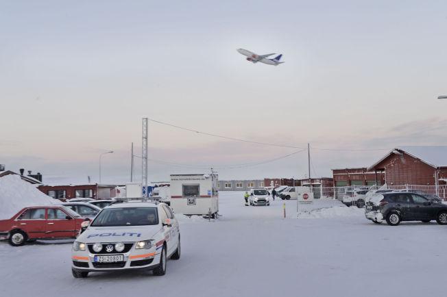 <p>PÅGREPET: Politiet pågrep 82 beboere ved Finnmark ankomstsenter, og har nå overtatt ansvaret for asylsøkerne i en brakke på senteret.</p>