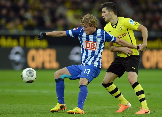 <p>TOPPLAG: Hertha Berlin og Per Ciljan Skjelbred var en av høstens overraskelser i Bundesliga. Her i duell med Borussia Dortmunds Nuri Sahin.</p>