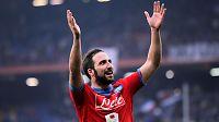 Higuaín med 21 mål på 21 kamper - Napoli topper Serie A