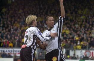 <p>PÅ LISTA: John Carew (til høyre) er nummer en, André Bergdølmo nummer sju, over norske spillere Rosenborg har solgt ut av landet.</p>