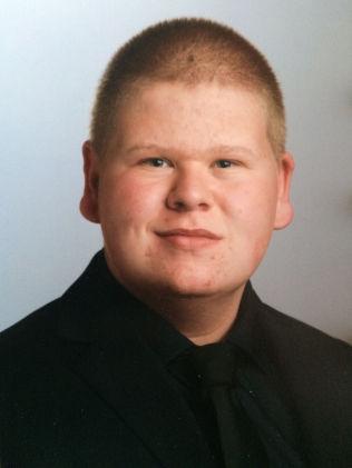 <p>SLET MED FEDME: Torbjørn Rivelsrud veide 125 kilo på det meste. Her er han 15 år gammel.</p>
