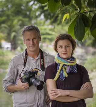 <p>VG I BRASIL: Fotograf Mattis Sandblad og journalist Ingeborg Huse Amundsen.</p>