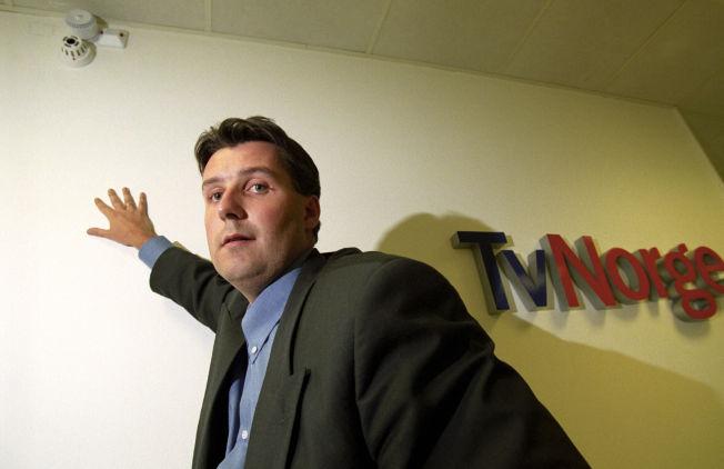 NYE TIDER: I 1996 var Lasse Gimnes, informasjonssjef i TV Norge. Nå er han medieanalytiker, og tror dagens tv-konflikt kan få enda flere unge til å droppe tradisjonell tv.