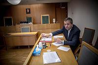 Juritzen frykter konkurs - stiller uten advokat