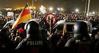 Politiet advarer mot voldsspiral før gigantiskPegida-demonstrasjon