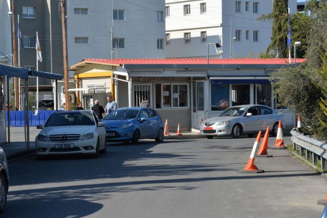 <p>TATT HER: Espen Lee og to andre norske menn ble arrestert ved denne grenseposten på Kypros.</p>
