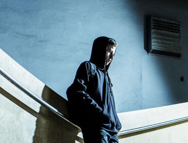 <p>KOMET: Alan Walker, som i likhet med forbildet Kygo byr på elektronisk pop med gjestevokalister. Foto: MER</p>