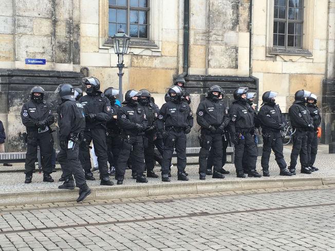 KLARE: Politiet frykter bråk i lørdagens demonstrasjoner.