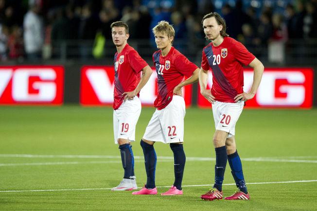 <p><b>TAPT SUPERTALENT:</b>– Etter å ha takket nei til Norge i flere år, sa Bersant Celina (til venstre) endelig ja til å møte på U21-landslaget i fjor høst. Landslagstrener Leif Gunnar Smeruds strategi? Fire minutter som innbytter for et kobbel middelmådige tippeligaspillere. Etter denne miseren varslet Celina at han heller ville spille for Kosovo i fremtiden, skriver Aslak Nore.</p>