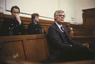 <p>TILTALT: Arne Treholt under rettssaken i Eidsivating lagmannsrett i 1985.<br/></p>