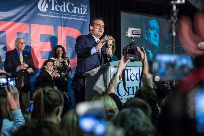 <p>SEIER: Senator Ted Cruz vant en overraskende seier under nominasjonsmøtet i Iowa, og er fortsatt med i racet om å bli USAs neste president. Foto: AFP</p>