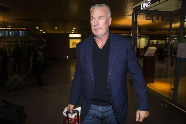 <p>TILBAKE I NORGE: Fredag kom Espen Lee og to andre nordmenn tilbake til Oslo etter tolv dager i fengsel på Kypros. Men saken mot dem - og barnefaren politiet mente de skulle hjelpe med å hente datteren til - er tydeligvis ikke over.</p>