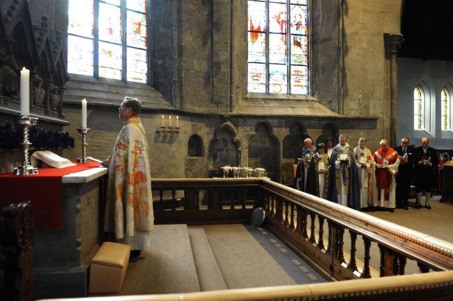 <p>OMSTRIDT TEMA: Lesing av koranen i kirken vil bli ett av temaene bispemøtet vil drøfte i uken som kommer. Her fra da Halvor Nordhaug ble vigslet til biskop i Bjørgvin i 2009.</p>