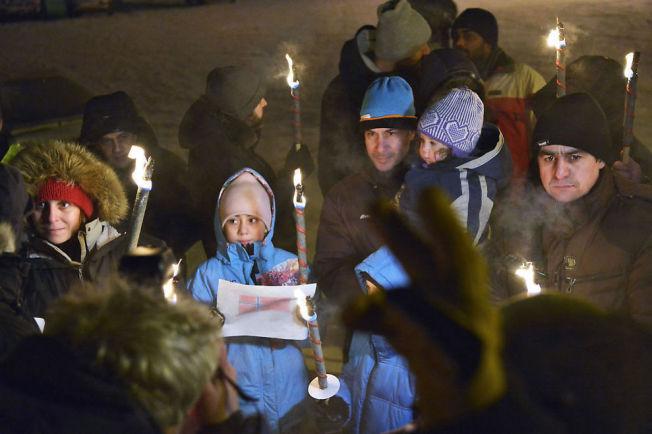 <p>FRYKTET RETUR: En syrisk barnefamilie protesterte utenfor Vestleiren i Kirkenes i januar. Norske myndigheter mente det var trygt å sende dem tilbake til Russland.<br/></p>