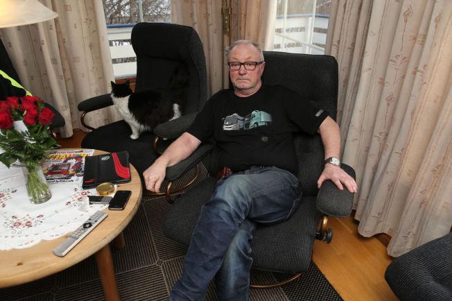 <p>HJEMME IGJEN: Med unntak av store smerter i ryggen, mener Arild Magne Båtberget (62) å ha det helt fint.</p>