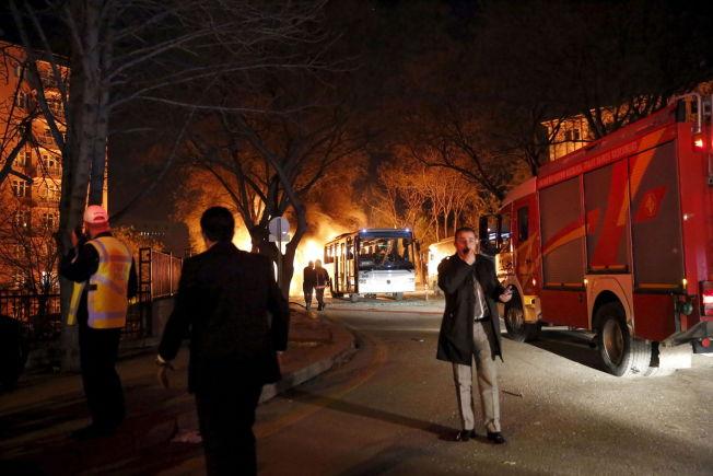TERROR: En militærbuss ble angrepet i Ankara onsdag. 28 mennesker ble drept.