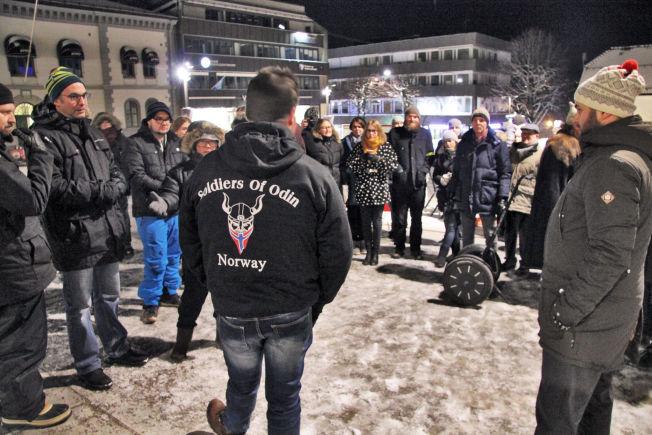 <p>I TØNSBERG: I begynnelsen av februar patruljerte medlemmer av Odins soldater i Tønsberg sentrum.</p>