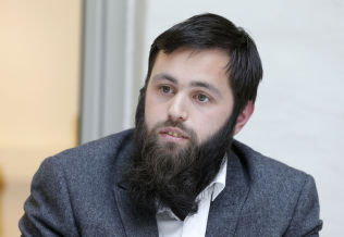 <p>Yousef Bartho Assidiq.</p>