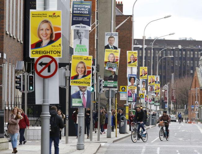 <p><i>VALG:</i> Irland skal velge ny nasjonalforsamling, og ingen av partiene går mot flertall. Velgerne er frustrerte over kuttpolitikken som har blitt ført, noe som har resultert i svake målinger for regjeringspartiene.</p>