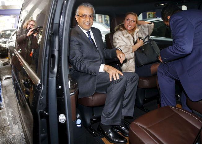 STORFAVORITT: Sjeik Salman bin Ibrahim al-Khalifa satte seg inn i denne bilen etter å ha pratet med europeiske fotballedere i går ettermiddag.