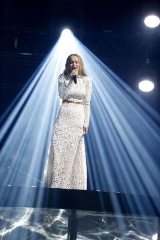 <p>ERFAREN: Agnete Kristin Johnsen (Agnete) med låten «Icebreaker».</p>