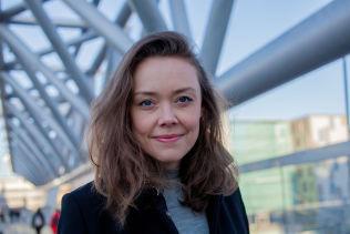 <p>SØKER SVAR: Programskaper Rut Helen Gjævert. Foto: GUNNHILD SØRÅS</p>