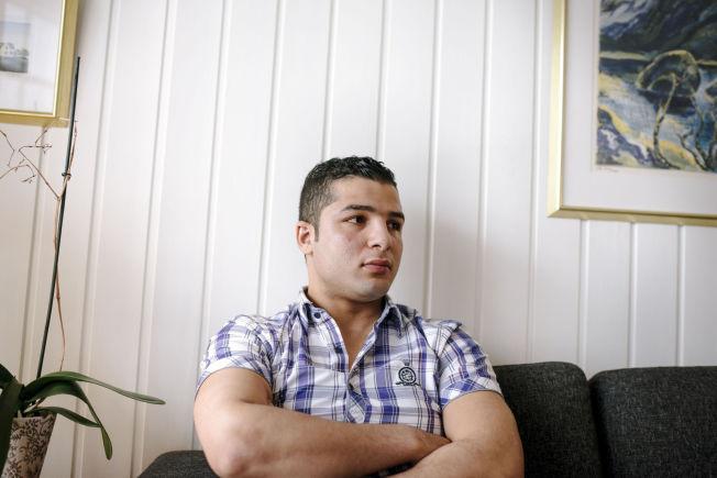 <p>REDD: Hani forteller at en halv time etter at han søkte asyl kom avslaget og beskjed om retur til Russland. – Jeg sa at hvis dere sender meg tilbake til Russland, havner jeg i Syria. Dere sender meg rett i døden, sier Hani.</p>