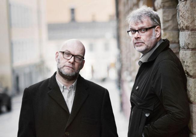 <p>BESTÅTT, MEN IKKE HELT: Michael Hjorth (t.v) og Hans Rosenfeldt er ute med sin femte bok om Sebastian Bergman - som VGs anmelder ikke mener er helt av samme klasse som før.</p>