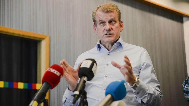 <p>SJEF: Skipresident Erik Røste avbildet etter behandlingen av saken som omhandlet Petter Northugs deltakelse på landslag i fjor sommer.</p>