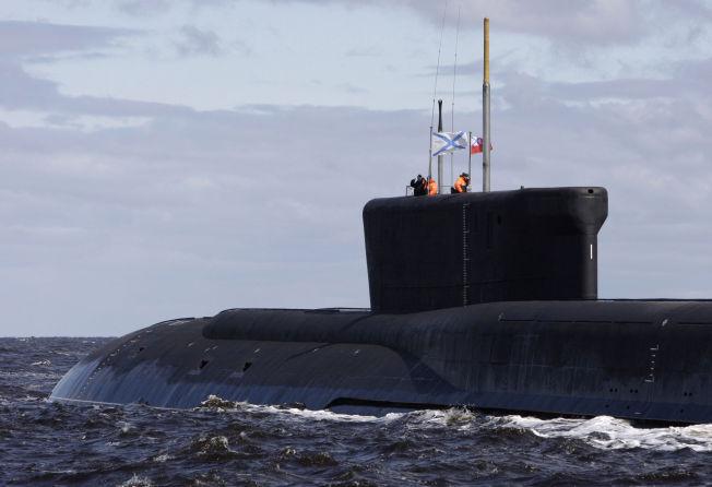 <p>UBÅTKJEMPE: Den russiske ubåten «Yuri Dolgoruky», fotografert ved Severodvinsk. Den er foreløpig en av to ubåter som er i stand til å avfyre atom-missilsystemet som skal testes i arktisk farvann.</p>