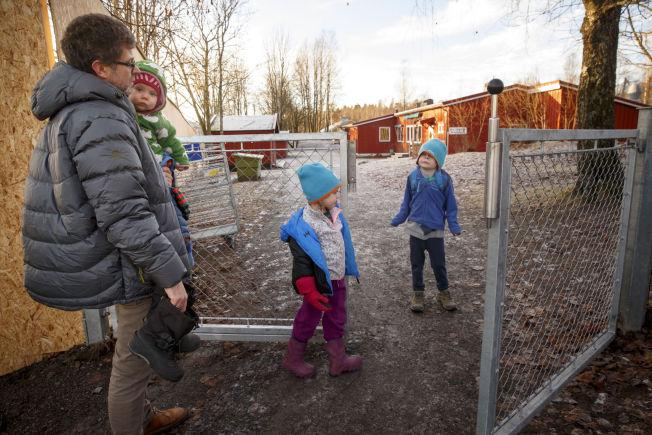 <p>PAPPAPERM I VERDENS BESTE LAND: Norske velferdsordninger som foreldrepermisjon og støtte til barnehage kan være i spill når det norske statsbudsjettet påføres nye utgifter.</p>