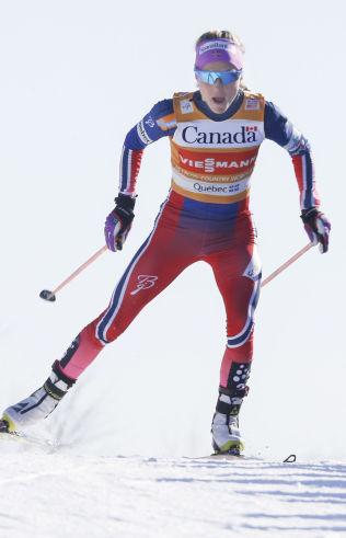 <p>BLE NUMMER TO: Therese Johaug tok igjen Heidi Weng på lørdagens jaktstart, men tapte spurten knepent – og er på andreplass i Ski Tour Canada-sammendraget.<br/></p>