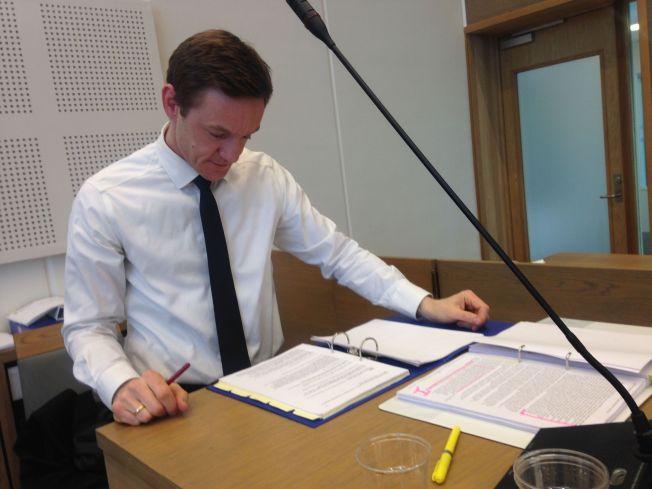 <p>SLUTTPROSEDYRE: Jo Christian Jordet holdt mandag sin sluttprosedyre i den to måneder lange rettsaken.</p>