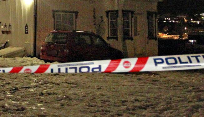 <p>VARSLER PRESSEKONFERANSE: Politiet opplyser at de vil komme med flere opplysninger tirsdag, etter at en mann ble funnet død i Skien, mandag. Politiet betegner dødsfallet som mistenkelig.</p>
