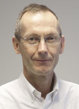 <p>REAGERER: Jøran Hjelmesæth ved Senter for sykelig overvekt i Helse Sør-Øst ved Sykehuset i Vestfold og professor ved universitetet i Oslo.</p>