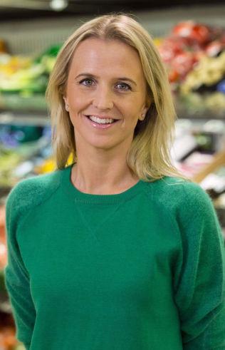 <p>DILEMMA: Kommunikasjonssjef Kristine Aakvåg Arvin i Kiwi sier det var et dilemma å sette ned smågodtprisene til dagens nivå. FOTO: Kiwi</p>